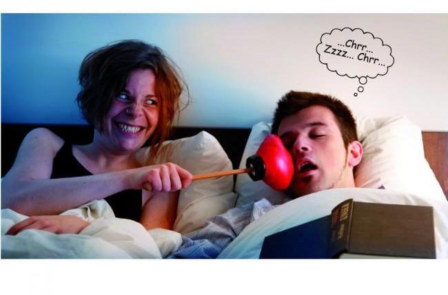 Schnarchen verhindern – durch Schnarchstopper